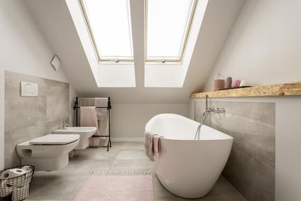 Badezimmer Je Nach Dem, Wo Du Deinen Durchlauferhitzer Einsetzen Willst,  Brauchst Du Eine Andere Heizleistung. Möchtest Du Beispielsweise Deine  Gartendusche ...